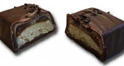 Superb Salted Peanut Caramel Chocolate Bar: Indeed